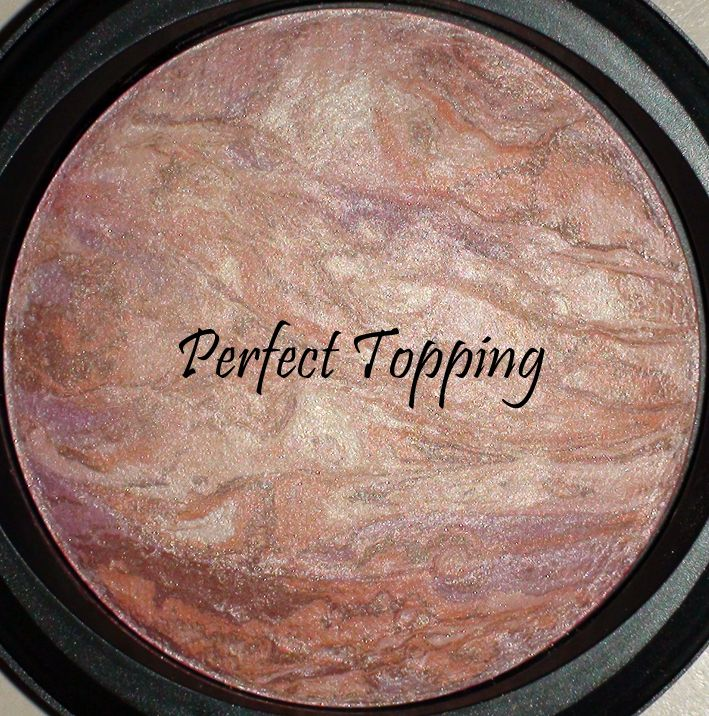 MAC Mineralize Skinfinish in Perfect Topping (2009) [DISCONTINUED]