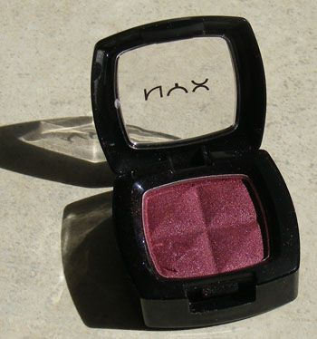 NYX Single Eye Shadow - Burgundy Pearl
