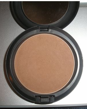 MAC Blot Powder - Deep/Dark