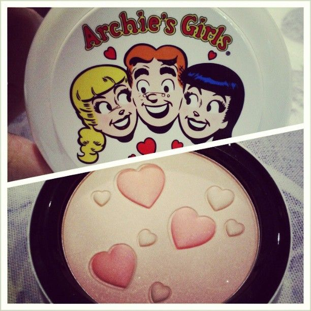 MAC Archie's Girl Pearlmatte Face Powder