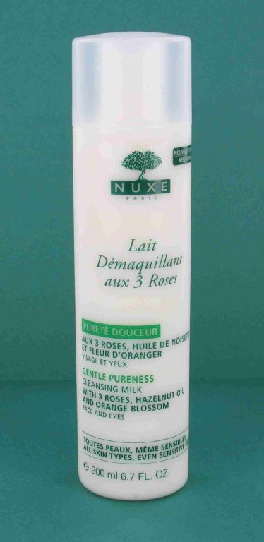 Nuxe Cleansing Milk with 3 Roses (Lait Demaquillant aux 3 Roses)