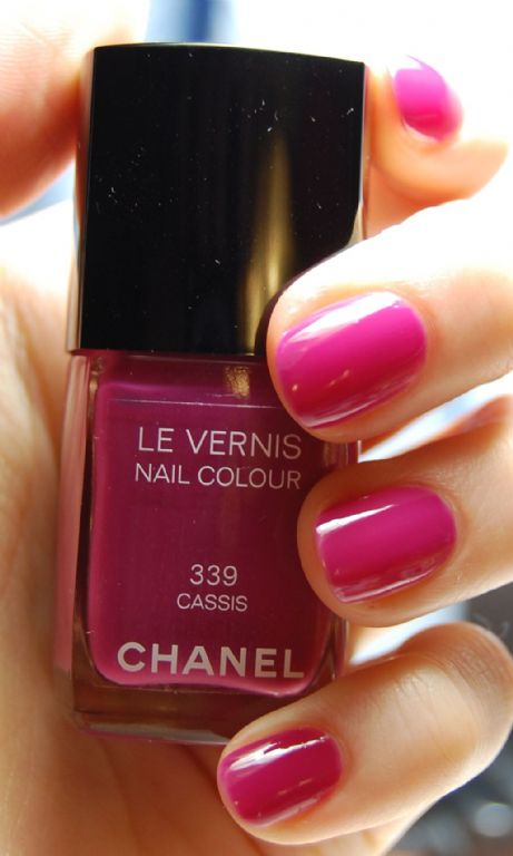 Chanel Le Vernis Nail Color