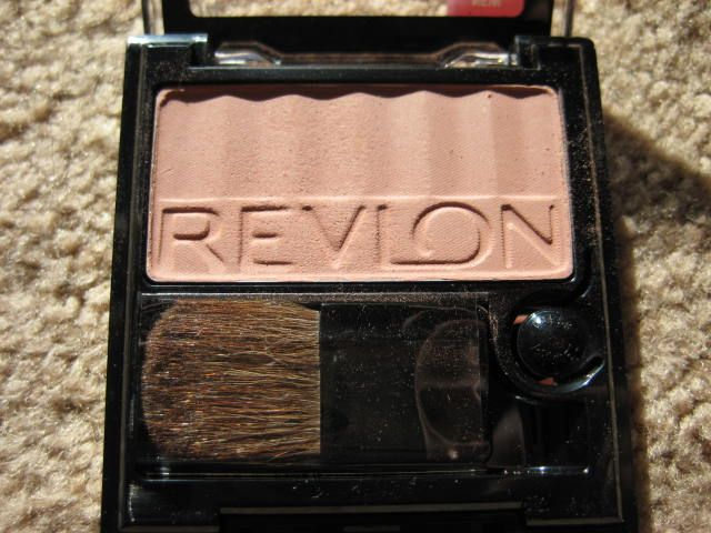 Revlon 004 Barely Buff