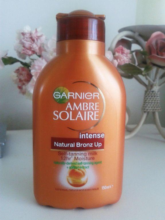 Garnier Ambre Solaire Bronz up Self-Tanning Moisturising Milk