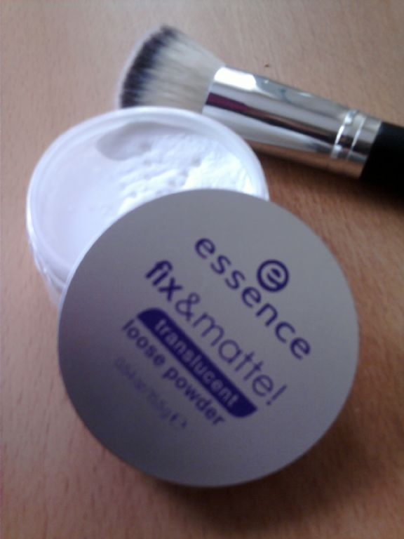 Essence Essence Fix & Matte Translucent Loose Powder