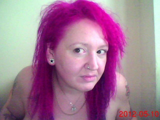 16 makeup for green eye