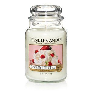 Yankee Candles Strawberry Buttercream