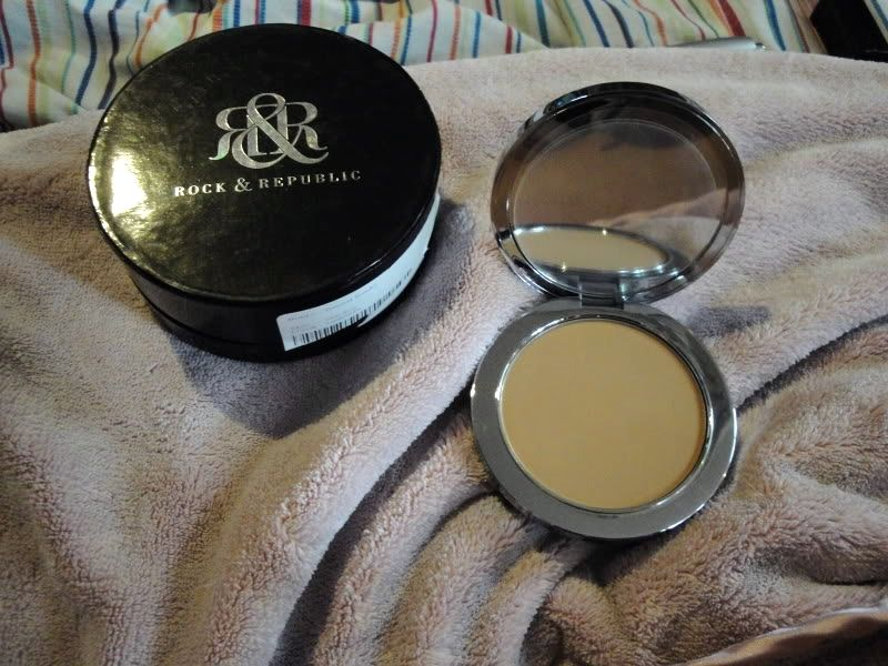 Rock & Republic Exhibition Pressed Powder [DISCONTINUED]