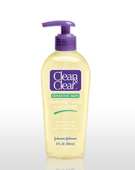 Clean & Clear Foaming Facial Cleanser - Sensitive Skin