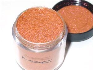 MAC Pink Bronze Pigment