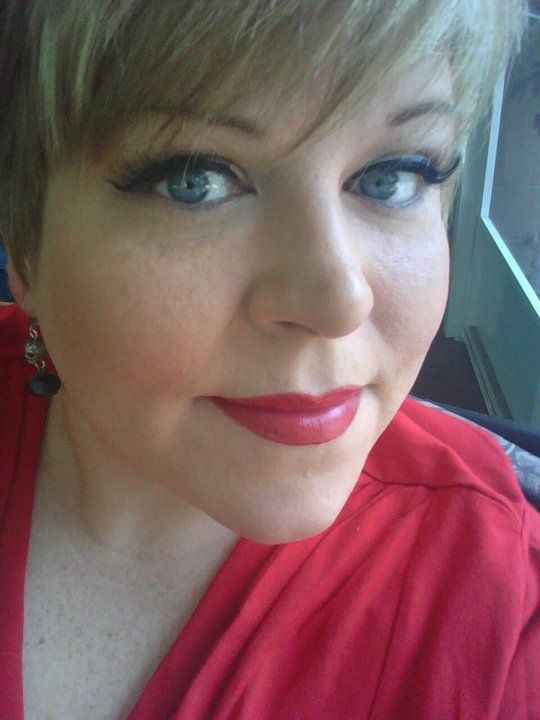 L'Oreal Colour Riche Lipstick in Drumbeat Red