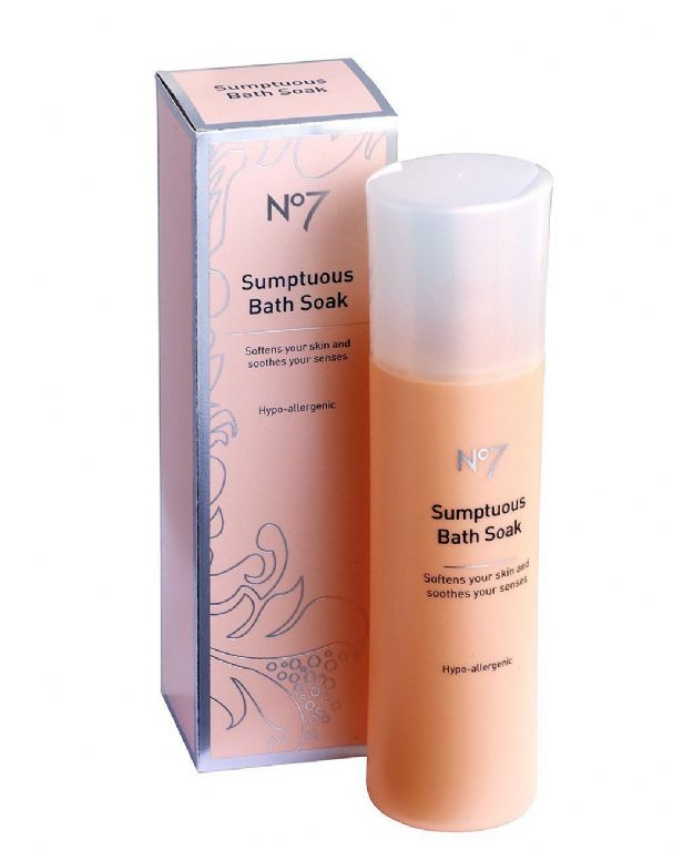 Boots  No7 Sumptuous Bath Soak