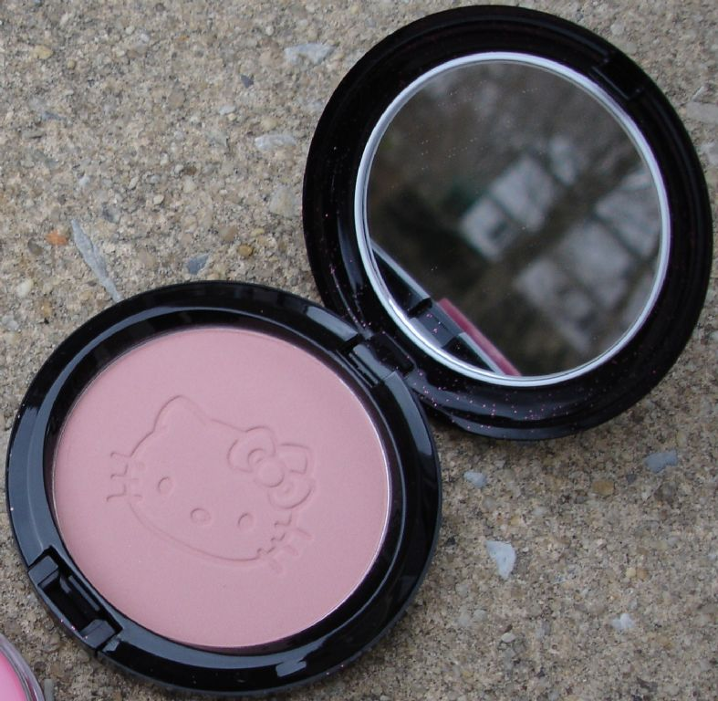 MAC Beauty Powder - Pretty Baby
