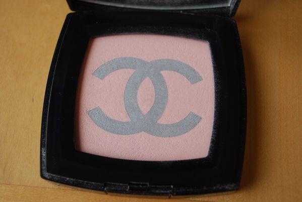 Chanel Poudre Lumiere Silver Rose