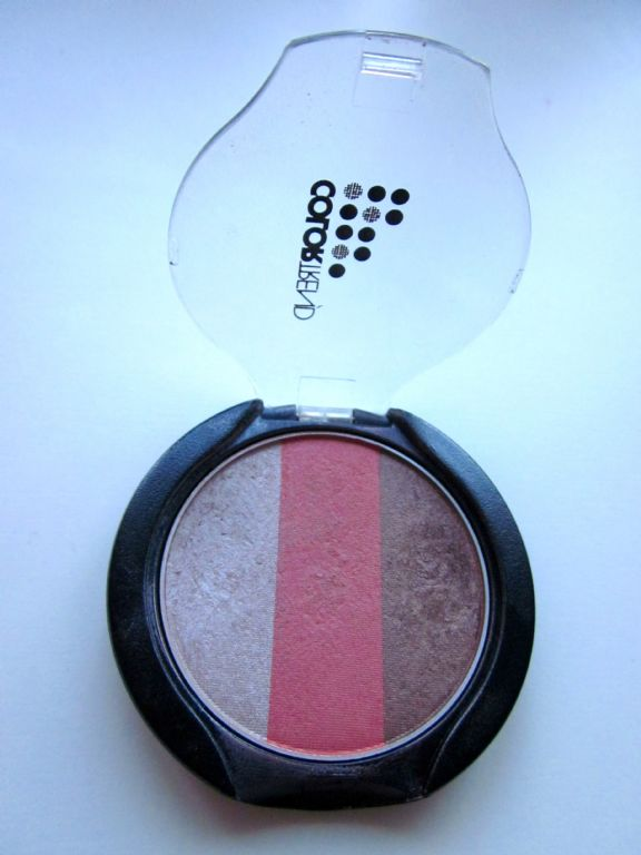 Avon Colortrend eye shadow trio in cherry cordial