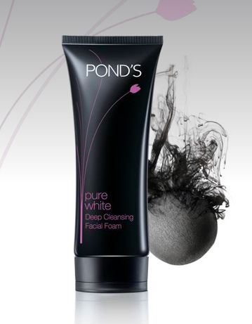 Ponds Ponds Pure White Deep Cleansing Facial Foam with Activated Carbon