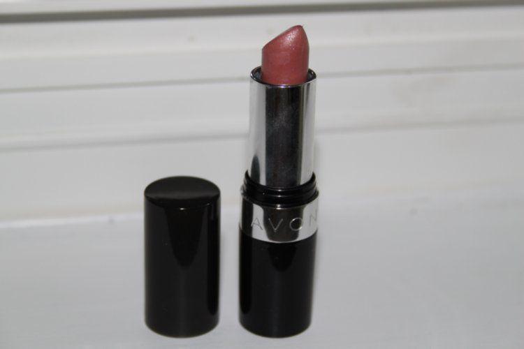 Avon Ultra Color Rich Renewable Lipstick (All)