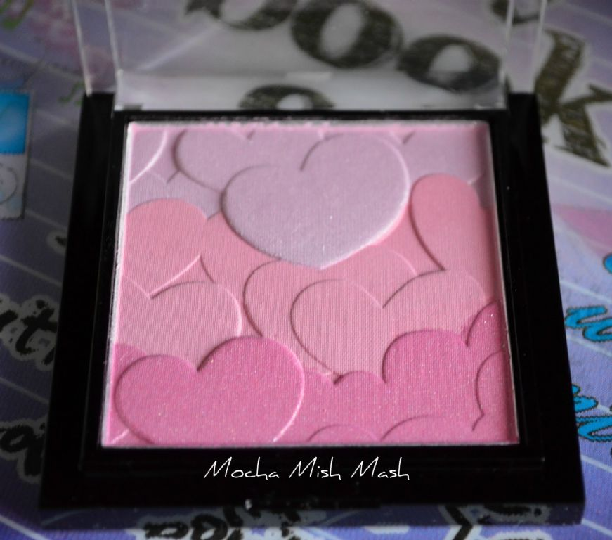 Stila Love at First Blush Palette