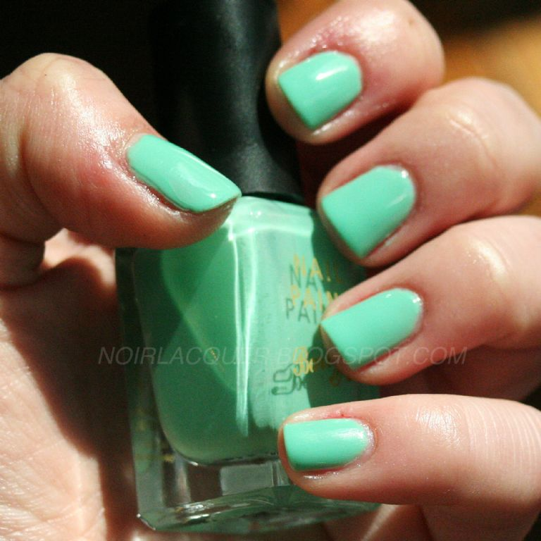 Barry M  Nail Paint in Mint Green 304