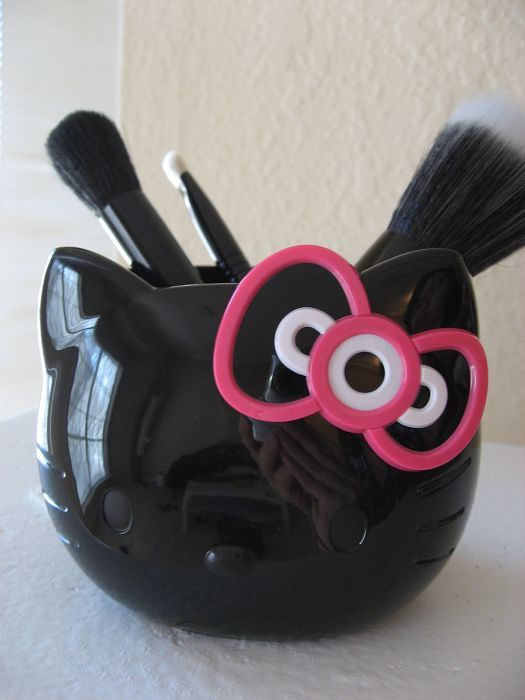 MAC Hello Kitty Brush Set