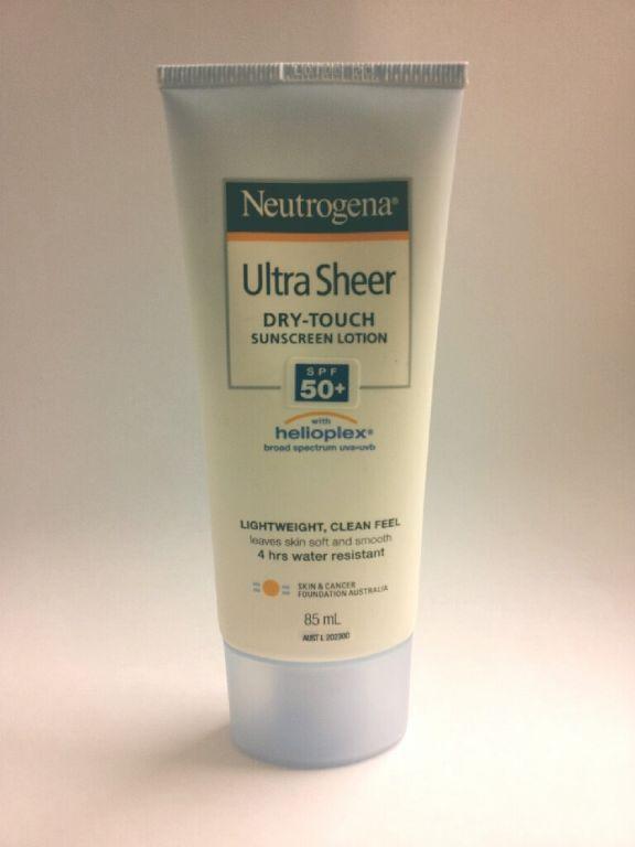 Neutrogena Ultra Sheer Dry Touch SPF 50 with Helioplex