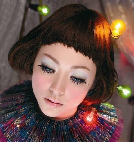 Shiseido  Majolica Majorca Lash Enamel Glamour Volume On
