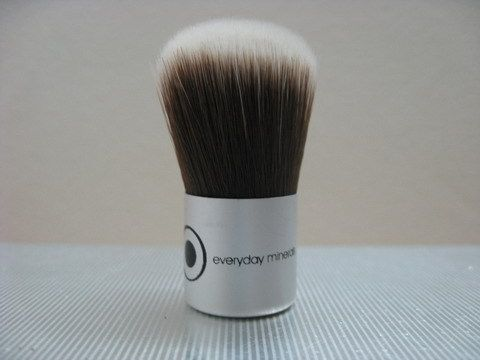 Everyday Minerals Baby Kabuki Brush