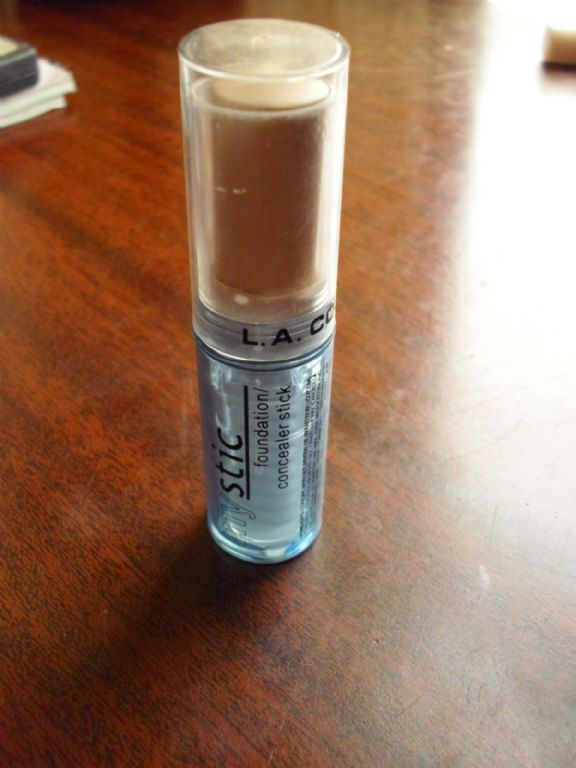 L.A. Colors Mystic foundation/concealer stick