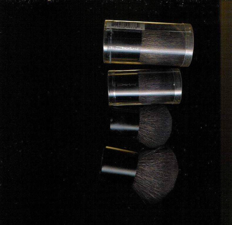 MAC 181 small buffer brush