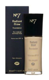 Boots  No7 Radiant Glow Foundation