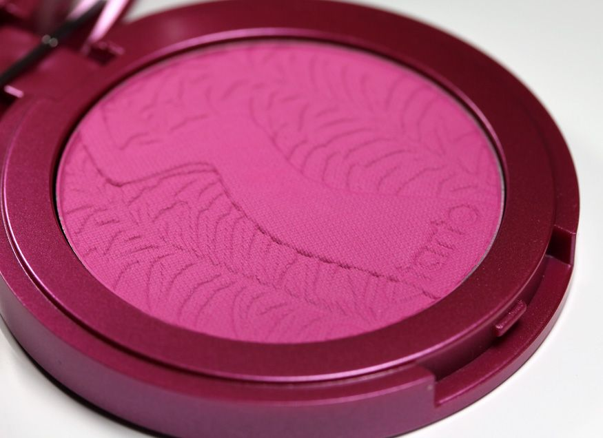 Tarte Amazonian 12-Hour Clay Blush In Flush