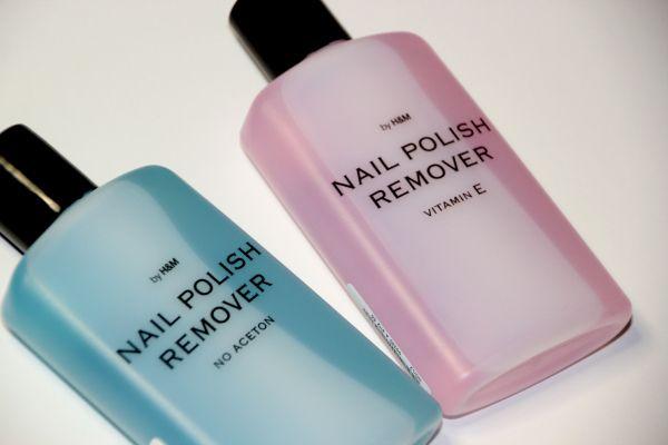 H & M  Nail polish remover Vitamin E