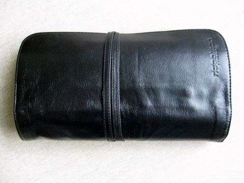 Napoleon Perdis Leather Brush Roll with 22 Brushes (Full)