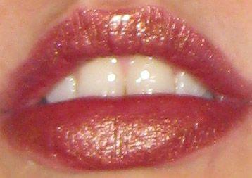 MAC Frost Lipstick in O