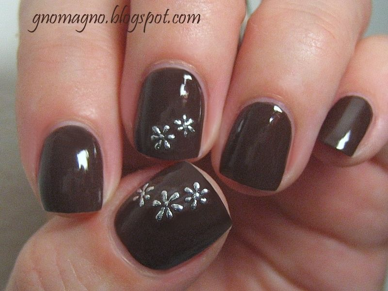 Essence Nail Polish in Spicy