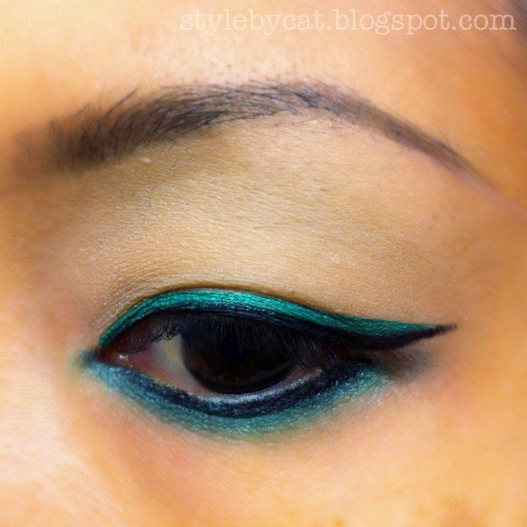 Wet 'n' Wild Megaliner Liquid Eyeliner- Turquoise