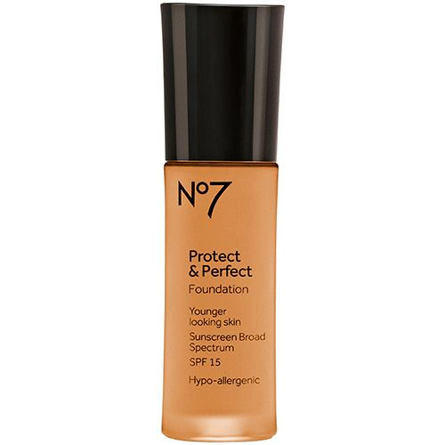 Boots  No.7 Protect and Perfect Foundation