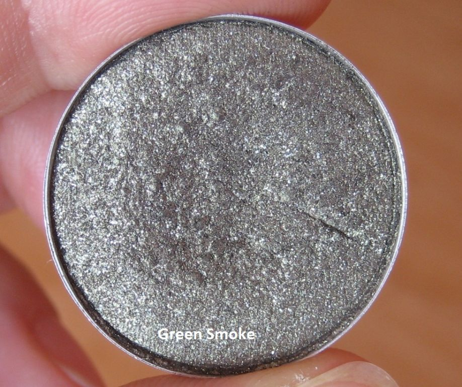 MAC Frost - Greensmoke - this eyeshadow is a LUSTRE finish, not a FROST.  Can this be corrected in the t
