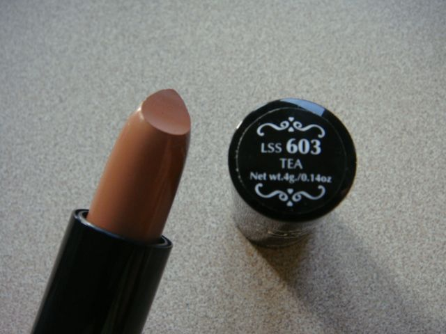 NYX Round Lipstick - Tea