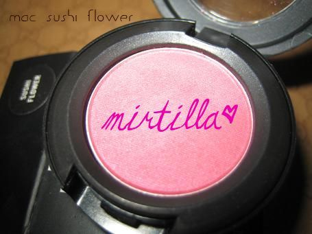 MAC Sushi Flower eyeshadow