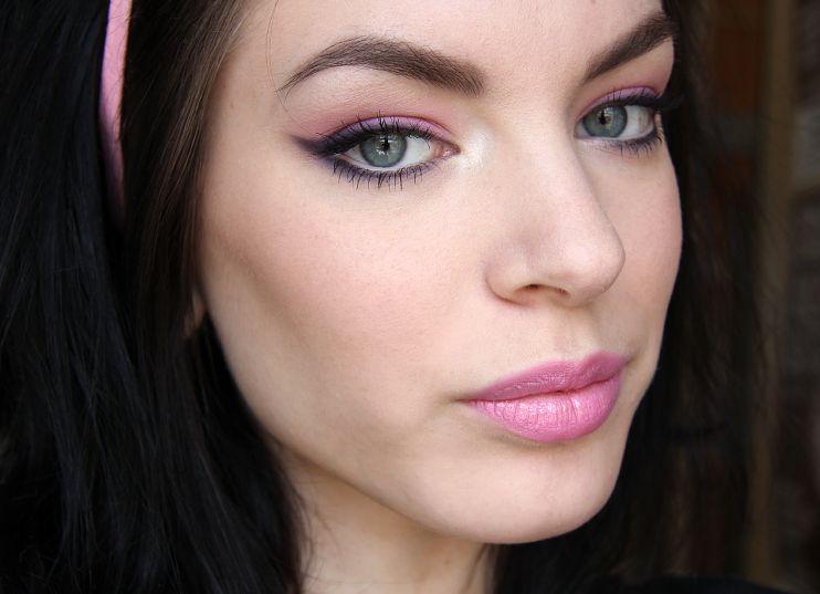 �ล�าร���หารู��า�สำหรั� mac lipstick Saint Germain