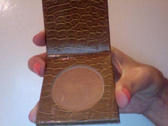 Amazonian Clay Matte Waterproof Bronzer by Tarte #22