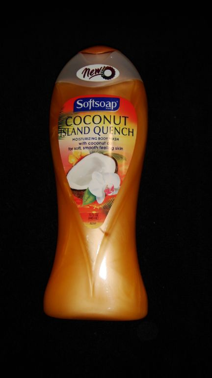 Softsoap Coconut Island Quench body wash