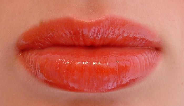 Nars Babe (sex in a tube) over clear lip balm (Uploaded by euristocrat)