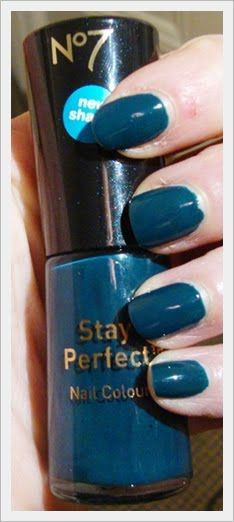 Boots  No 7 Stay Perfect Nail Colour