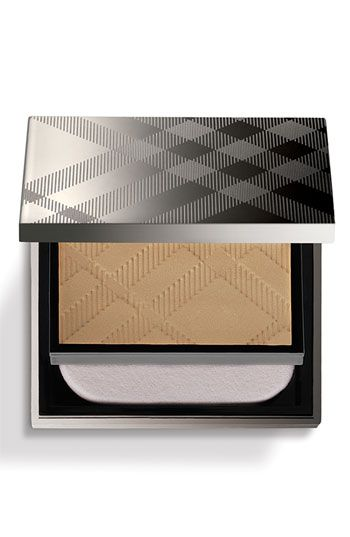 Burberry sheer luminous compact foundation (powder)