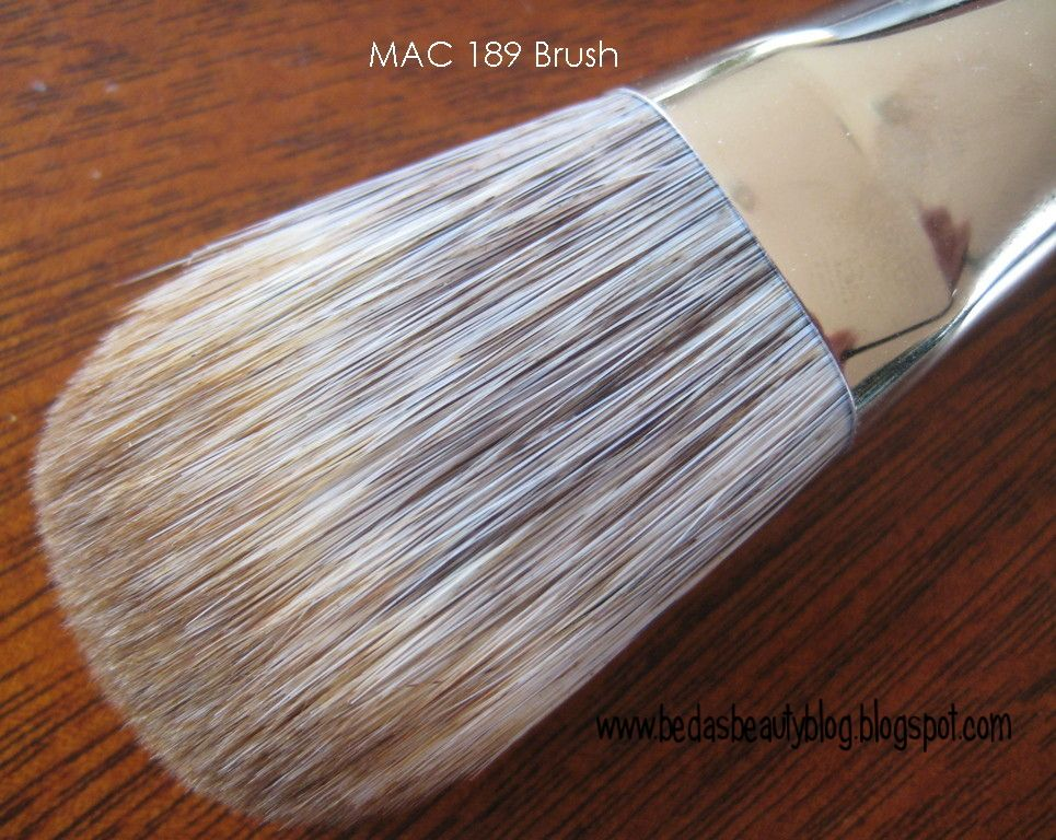 MAC 189 Face Brush [DISCONTINUED]