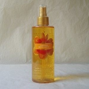 Victoria's Secret Amber Romance Body Splash