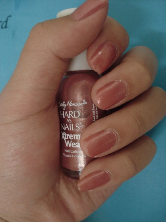 Sally Hansen Xtreme Wear Hard As Nails - Almond Crunch reviews ...