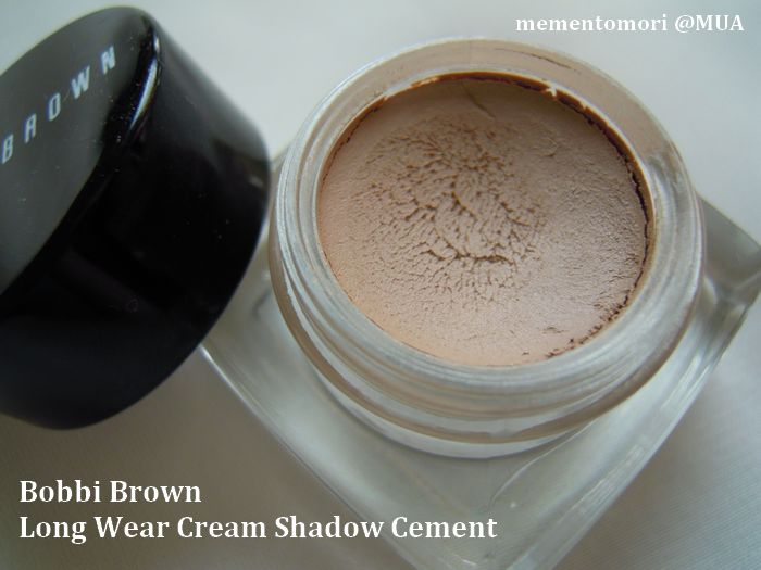 Bobbi Brown Long Wear Cream Eye Shadow in Cement